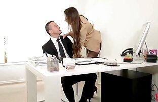 Jessie Saint-Jessie უყვარს აცვიათ ცოლი, ლესბო, მოტყუებული ქმარი pantyhose დროს სექსი, 1080p