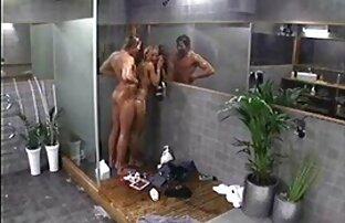 Twins სასქესო ორგანოების დანახება რუსეთიდან ჰოლივუდში